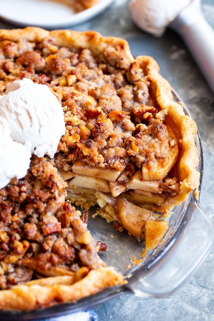 paleo apple crumb pie